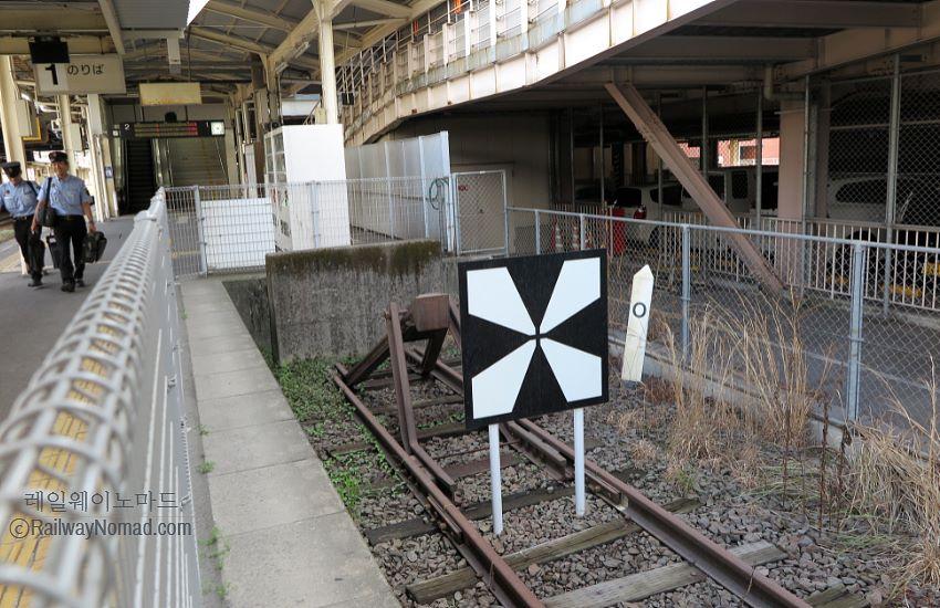 일본 가고시마추오역의 차막이